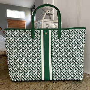 New Tory Burch large tote 🍀